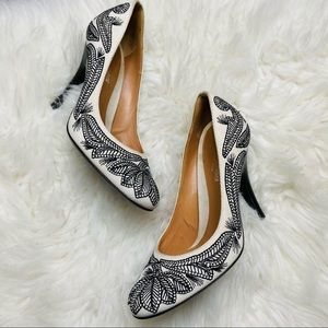 Embroidered Sergio Rossi Italy black/white pumps